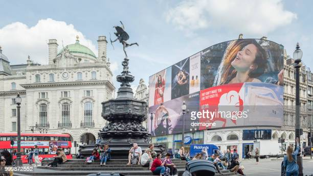 piccadilly circus square - piccadilly stock pictures, royalty-free photos & images