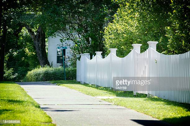 Picket Fence & Walkway