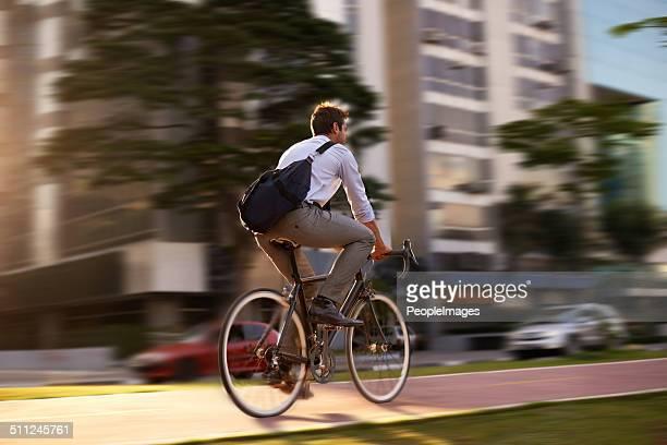 aumentare il ritmo - bicicletta foto e immagini stock