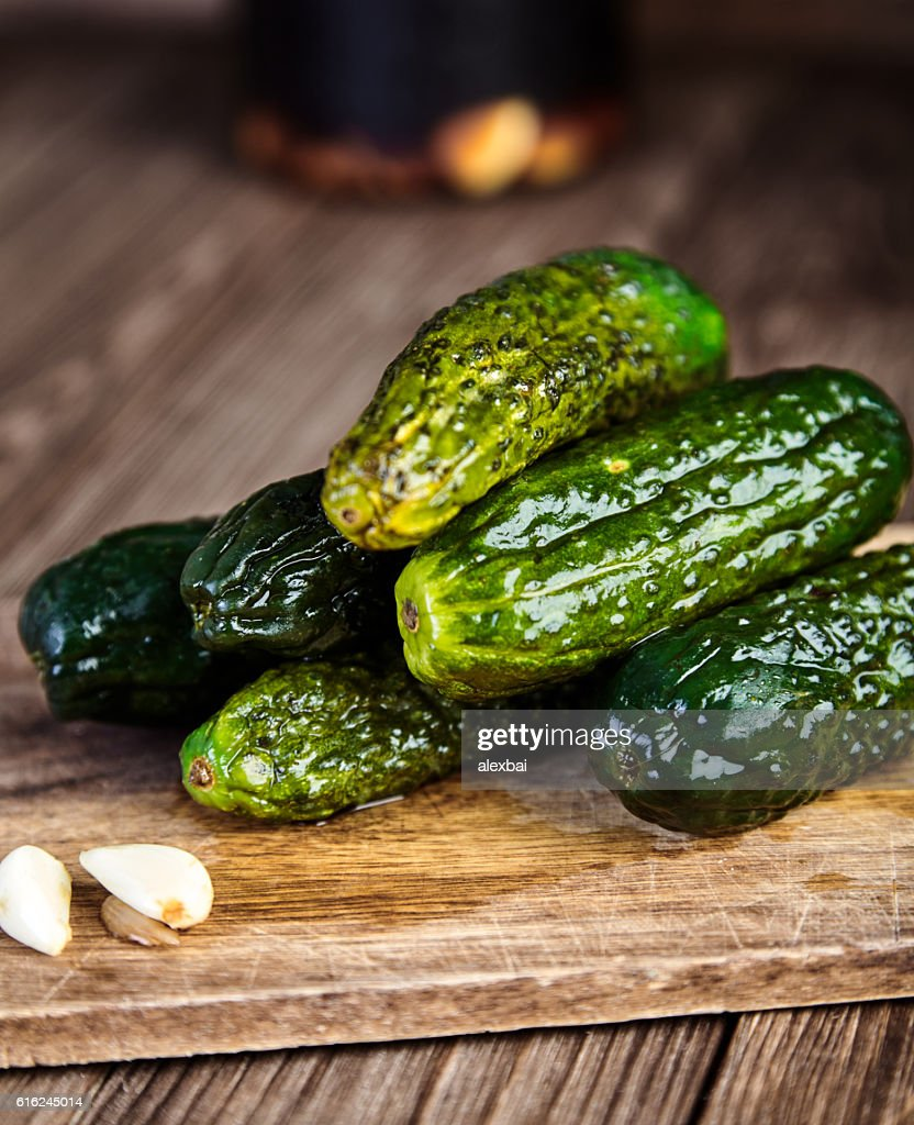 Pickled cucumbers in soy sauce and rice vinegar : Stock-Foto