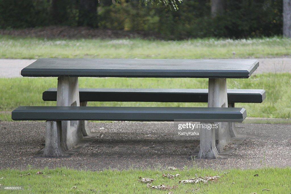 ピクニックテーブル : ストックフォト