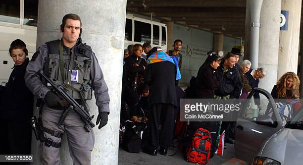 10/23/03 pics of passengers of el al flight fromn tel aviv who were diveerted to hamilton and bussed to pearson becouse of a threat to the plane...