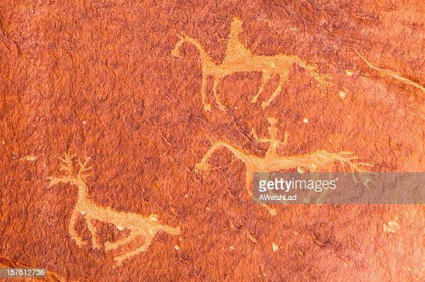 pictographs of riders on horseback, canyon de chelly, arizona, usa - cave painting 個照片及圖片檔