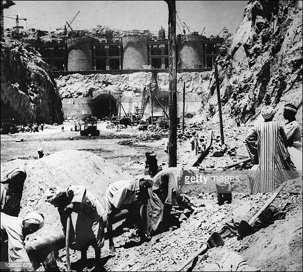 Picture dated 1965 showing the construction of the Aswan high dam in Egypt. The construction of the Aswan High Dam was initiated by Gamal Abdel...