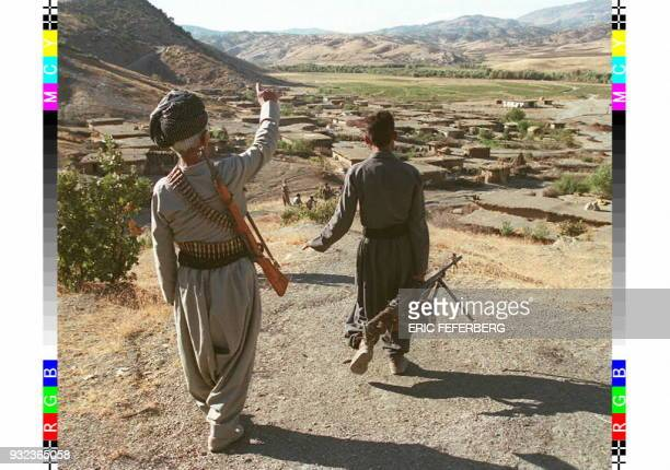 Picture dated 24 September 96 showing Peshmerga fighters of the PDK patrolling in the Sursoraw region in Iraqi Kurdistan where about 100 Kurdish...