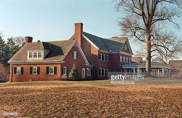 Picture dated 27 December 1995 showing the River House at the Wye Plantation conference center near Queenstown in the state of Maryland where the...