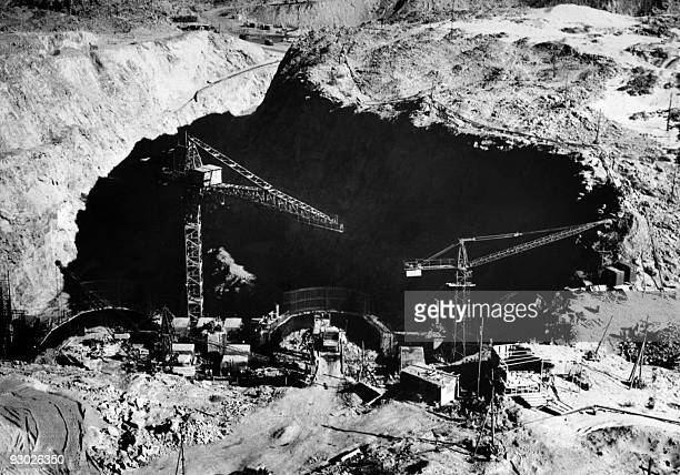 Picture dated May 1964 showing the construction of the Aswan high dam in Egypt. The construction of the Aswan High Dam was initiated by Gamal Abdel...