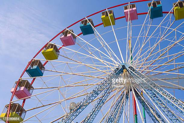 picture of a colorful ferris wheel in clear sky - new jersey bildbanksfoton och bilder