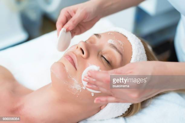 picture of a person receiving facial exfoliation - human skin stock pictures, royalty-free photos & images