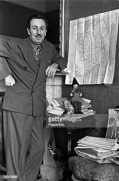 1946 A picture of American film producer cartoonist and animator Walt Disney in his hotel when he visited Southern Ireland in search of Leprechaum...