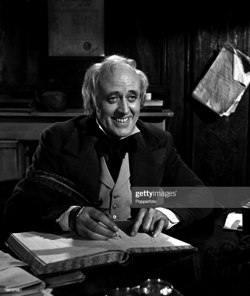 """1951. A picture of British actor, Alistair Sim, filming """"Scrooge"""". : News Photo"""