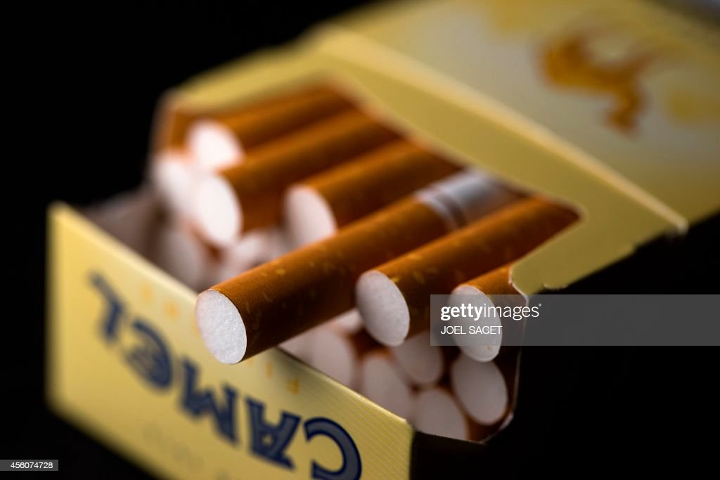 FRANCE-HEALTH-TOBACCO-LAW : News Photo