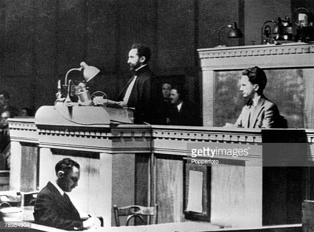 1936 A picture of Ethiopian emperor Haile Selassie addressing the League of Nations