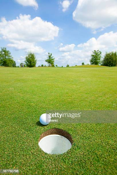 picture of golf ball - green golf course stock pictures, royalty-free photos & images