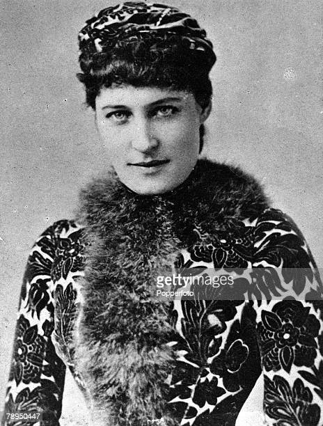 A picture of Lillie Langtry the English actress noted for her beauty and for her friendship with King Edward VII