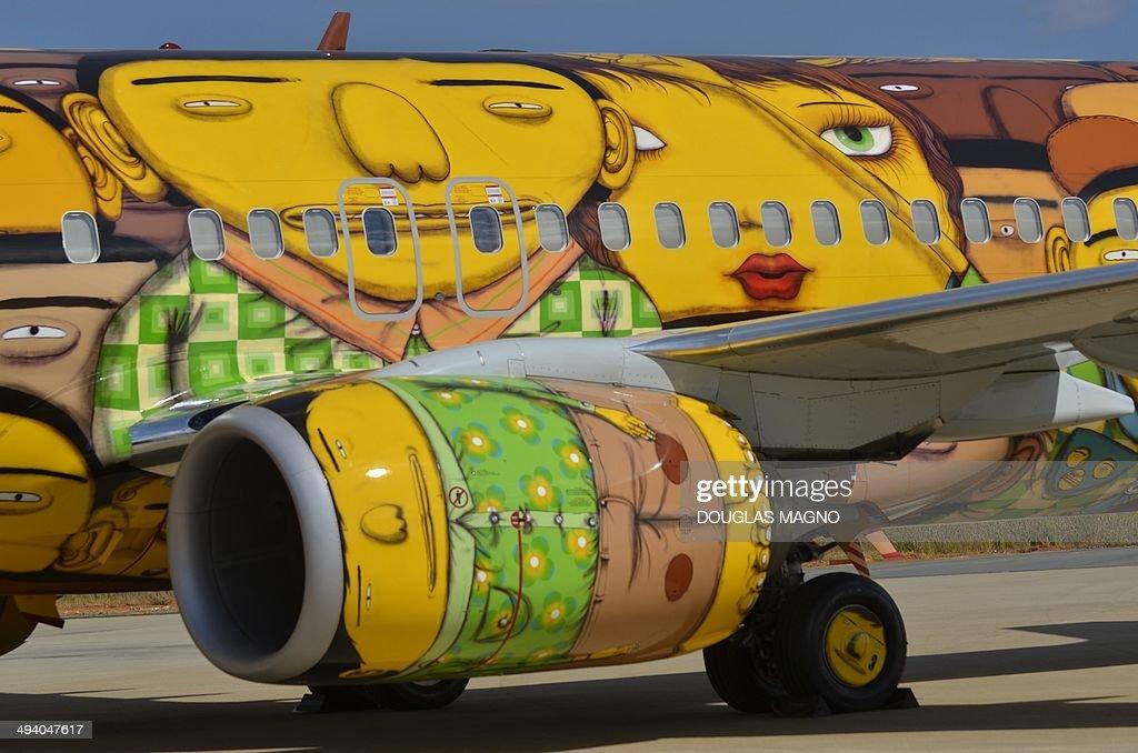 FBL-WC-2014-BRAZIL-AIR-PLANE : News Photo