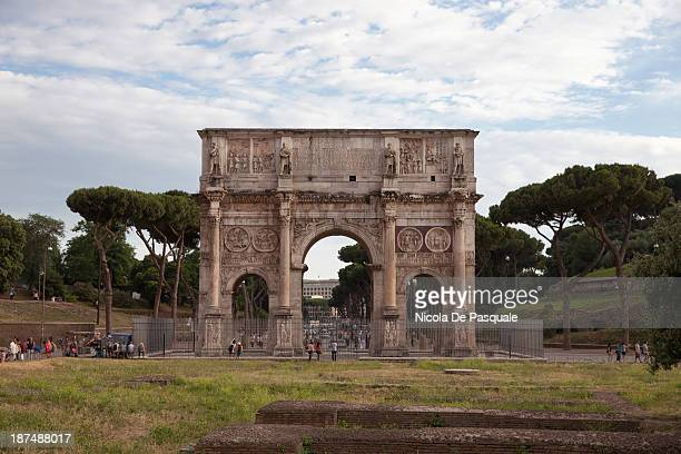 CONTENT] Picture of the Arch of Constantine in Rome taken on June 22 2013