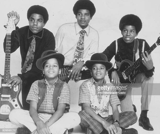 Picture of the Jackson Five when their hit I Want You Back topped most lists, from left Marlon, Michael, Jermaine, Toriano, and Jackie, 1970. .