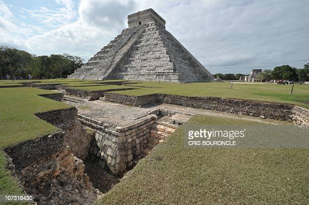Picture of the Kukulcan temple also known as El Castillo a step pyramid dominating Chichen Itza archaeological site a complex built by the Mayan...