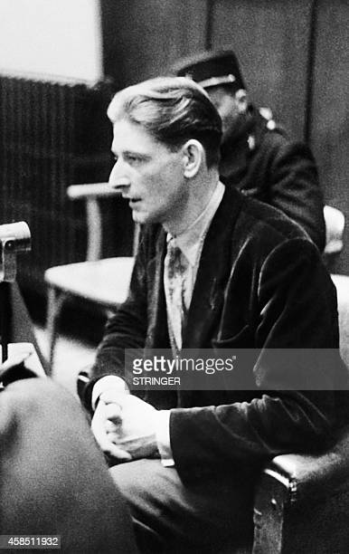 Picture released in February 3 1953 of Mathias Hetzel enlisted by force in the German army testifying on the recruitment and the manipulation in the...