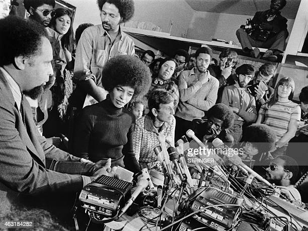 Picture released on February 24, 1972 of US activist Angela Davis giving a press conference in San Jose, California.