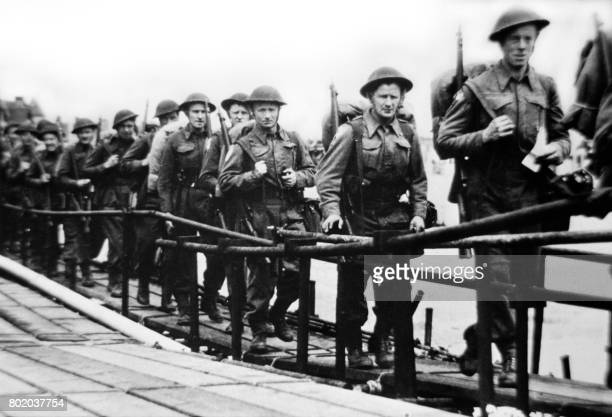 Picture released on June 5 1944 of the British troops embarking at Southsea Portsmouth in England before a landing craft on June 6 1944 while Allied...