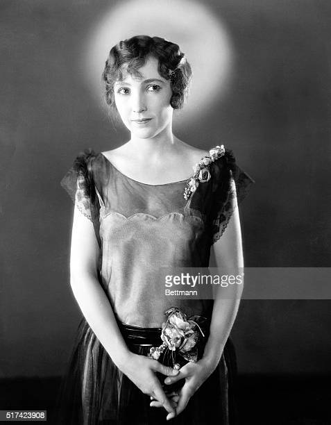 Picture shows American actress Bessie Love Undated photo circa 1924
