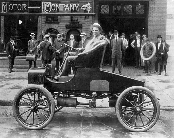Henry ford founder of ford motor company photos images for Ford motor company museum