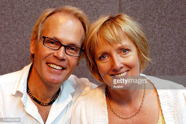 Picture Shows Richard Gibson and Kim Hartman at the Summer Memorabilia Show at the NEC Birmingham 12th August 2006 Job 14237