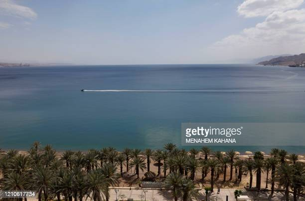 Picture shows the empty Red Sea shore in the southern Israeli resort city of Eilat on April 17, 2020 amid the coronavirus COVID-19 pandemic. - Due to...