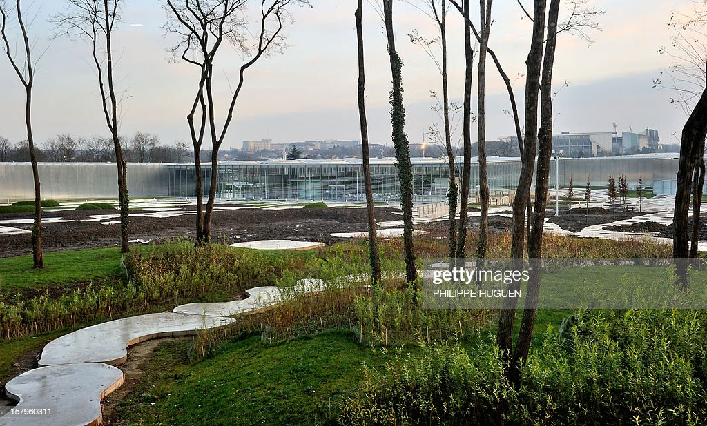 A picture shows the garden of the Louvre-Lens Museum on December 8, 2012 in Lens, northern France. The Louvre museum opened a new satellite branch among the slag heaps of a former mining town on Dcember 4, 2012 in a bid to bring high culture and visitors to one of France's poorest areas.