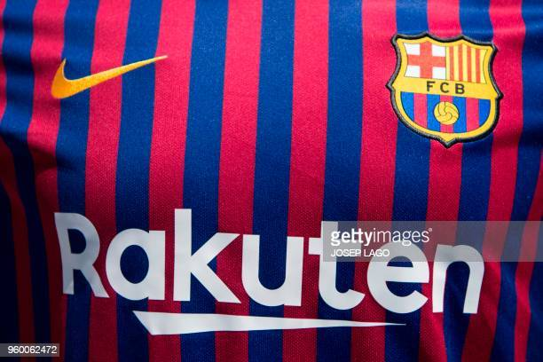 2 314 Fc Barcelona Jersey Photos And Premium High Res Pictures Getty Images