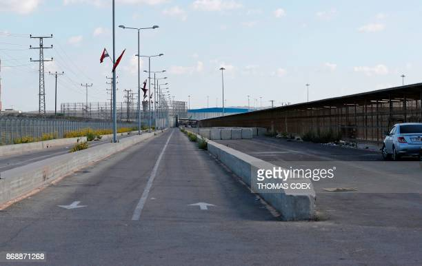 A picture shows the walking path leading into the Gaza Strip after the Israelicontrolled Erez crossing on November 1 2017 in Beit Hanun the northern...
