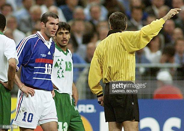 Picture taken 18 June at the Stade de France in SaintDenis north of Paris of French midfielder Zinedine Zidane being sent off by Mexican referee...