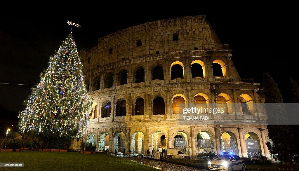 ITALY-CHRISTMAS-LIGHT-FEATURE : News Photo