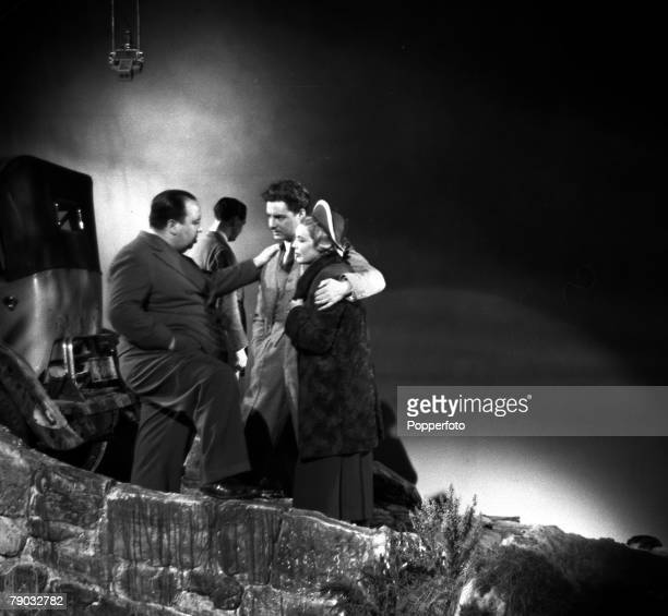 1935 A picture taken from the classic Alfred Hitchcock film 'The 39 Steps' In the scene the legendary British director can be seen instructing his...