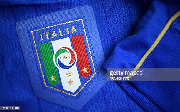 A picture taken on April 21 2016 in Paris shows the jersey of the Italian national football team for the UEFA Euro 2016 European football...