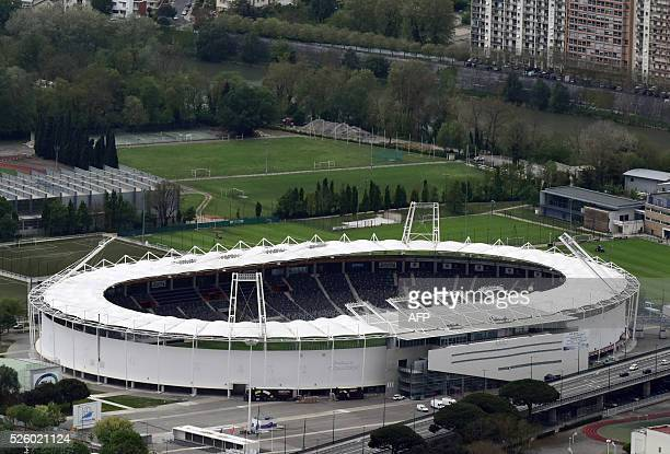 A picture taken on April 27 2016 shows an aerial view of the Toulouse municipal Stadium / AFP / EUROLUFTBILD / Robert Grahn