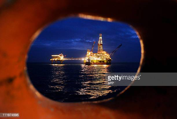 A picture taken on April 7 2011 shows Russian LUKOIL iceresistant fixed platform LSP1 built at the Astrakhansky Korabel shipyard intended to drill...