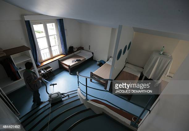 A picture taken on August 18 2015 in Paris shows a room of the youth hostel 'Le Fourcy' AFP PHOTO/JACQUES DEMARTHON