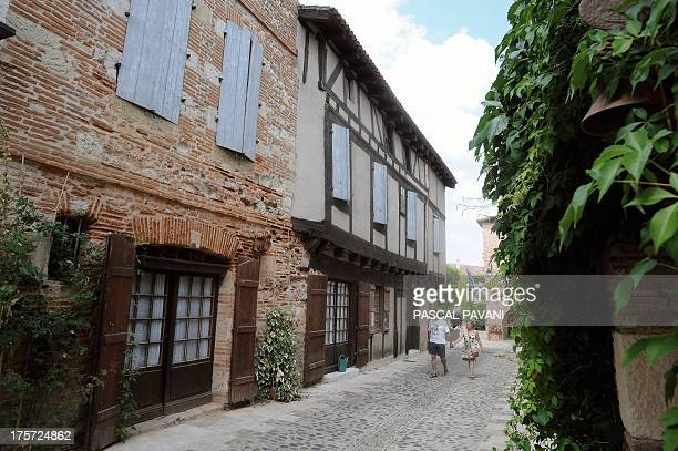 A picture taken on August 5 2013 shows a view of the village of Auvillar southwestern France AFP PHOTO / PASCAL PAVANI