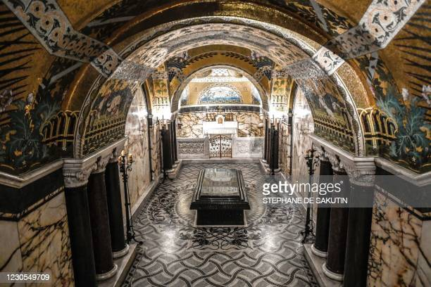 Picture taken on December 22, 2020 shows the crypt with the grave of the French scientist Louis Pasteur at the Pasteur museum, located in the...