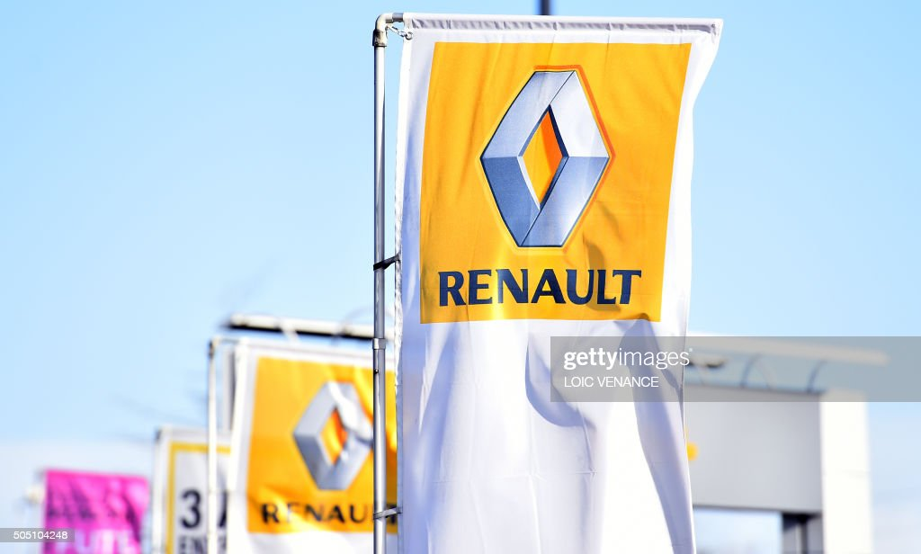 FRANCE-AUTO-RENAULT-POLLUTION-STOCK : News Photo