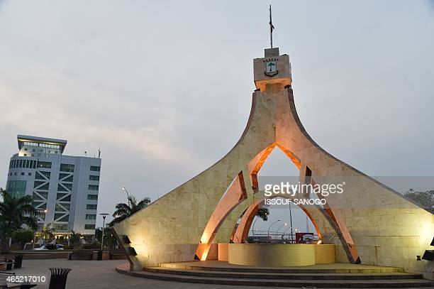 A picture taken on January 25 2015 in Malabo shows a monument in the new administrative district of Malabo II AFP PHOTO / ISSOUF SANOGO