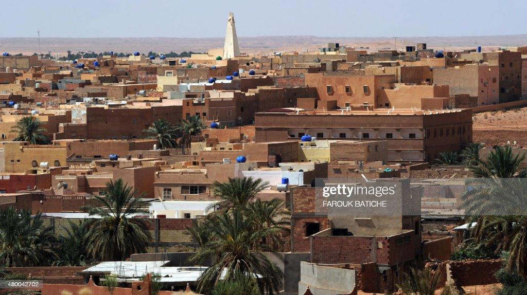 ALGERIA-UNREST : News Photo