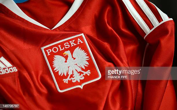 Picture taken on June 3, 2012 in Paris, shows the jersey of the Polish football federation. AFP PHOTO / FRANCK FIFE