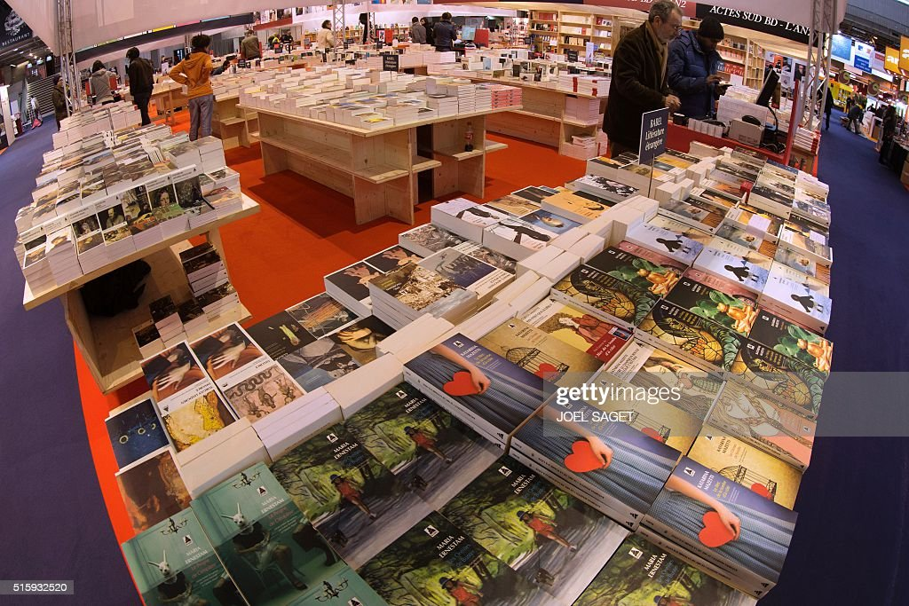 A picture taken on March 16, 2016 shows the Babel publisher stand, during the opening of the 'Salon du Livre' International Book Fair held at the Porte de Versailles exhibition centre in Paris. / AFP / JOEL