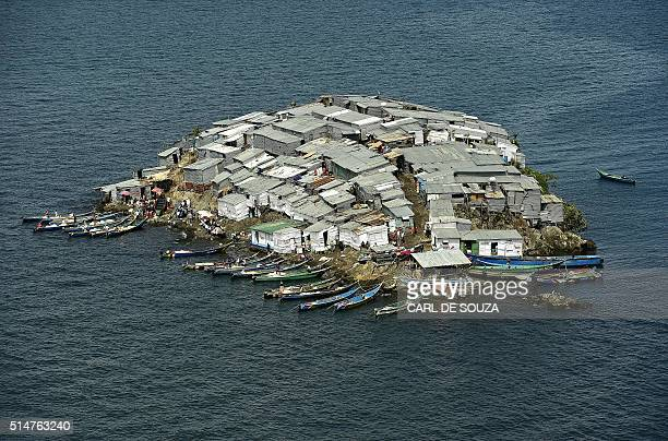 TOPSHOT A picture taken on March 3 2016 shows Migingo Island on Lake Victoria Ownership of the island is subject to a dispute between Kenya and...