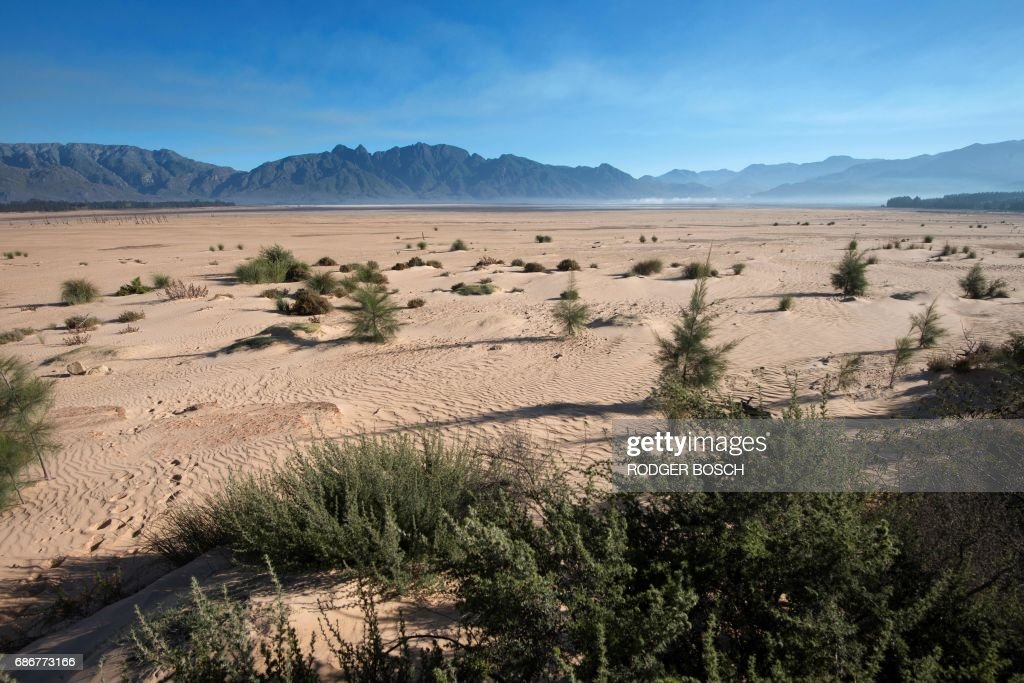 SAFRICA-ENVIRONMENT-DROUGHT : News Photo