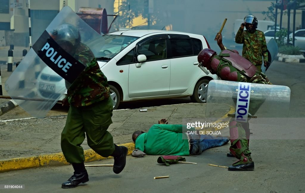 KENYA-POLITICS-UNREST-POLICE : News Photo